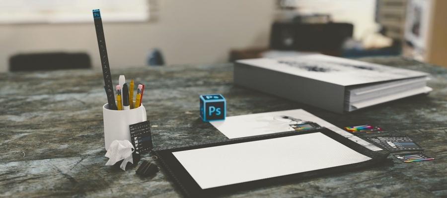 Mocny komputer stacjonarny do projektów graficznych