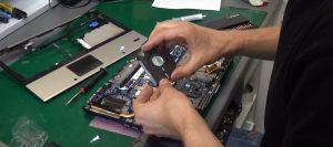 Czyszczenie i serwis laptopów i komputerów w Servecom